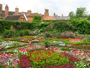 new place gardens
